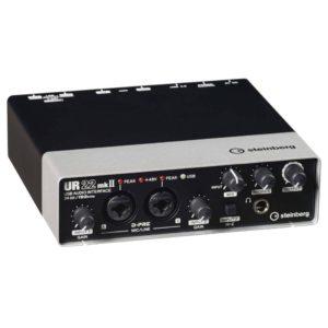 Yamaha UR22MKII USB аудио-интерфейс