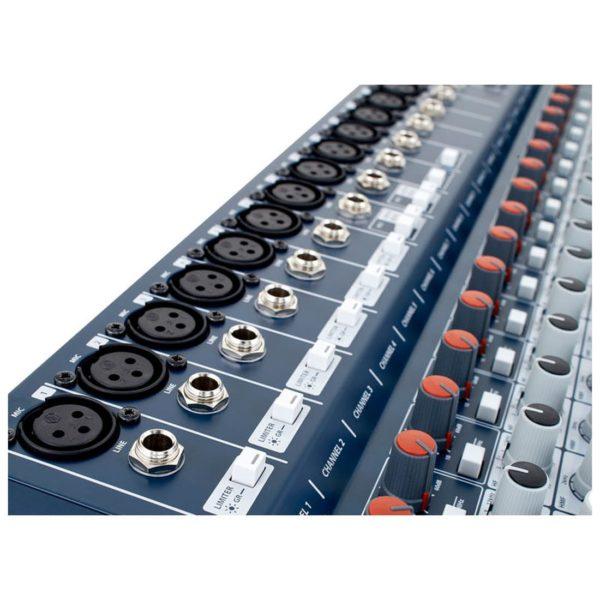 Soundcraft Signature 22 аналоговый 22-канальный микшер